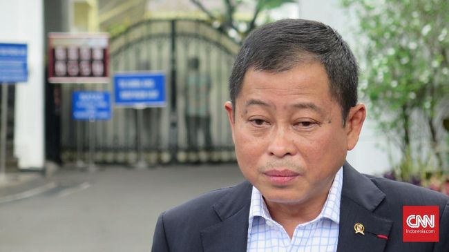 Mantan menteri ESDM Ignasius Jonan mengundurkan diri dari kursi komisaris PT Industri Jamu dan Farmasi Sido Muncul Tbk (SIDO) per 3 Januari 2021.