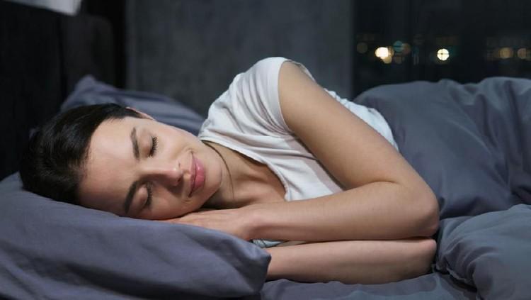 Mimpi melihat orang lain hamil memiliki banyak arti. Bisa positif dan negatif, tergantung bagaimana perasaan Bunda saat ini. Simak arti mimpinya di sini.