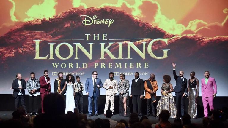 Film The Lion King sudah rilis di bioskop seluruh dunia. Intip yuk keseruan saat World Premiere The Lion King di California, Amerika Serikat.