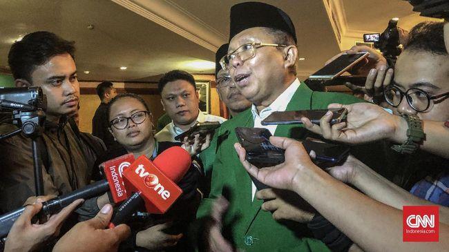 PPP menyebut Presiden Jokowi sudah memberi arahan agar para ketum partai koalisi tak ke luar kota terkait rencana penyusunan kabinet pemerintahan periode kedua.