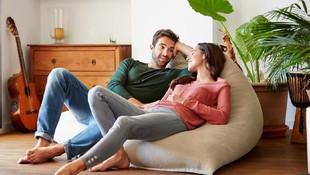 5 Posisi Seks agar Bercinta Tetap Menyenangkan Saat Cuaca Panas