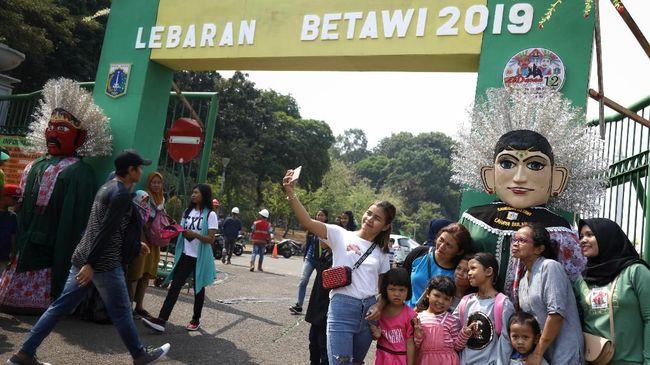 Ajang Lebaran Betawi di Monas yang berlangsung Sabtu (20/7) dan Minggu (21/7) menyajikan kuliner legendari Jakarta di sejumlah sudutnya.