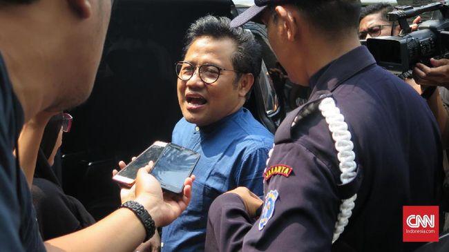 Cak Imin yang juga ketua umum PKB mengaku prihatin pemerintah memutuskan untuk melakukan impor beras justru saat musim panen raya tiba.
