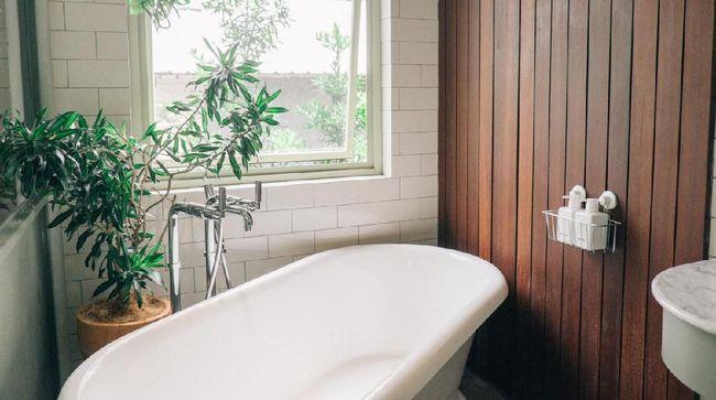 Durasi mandi dan tingkat kehangatan air dapat menjadi indikasi dari rasa kesepian.