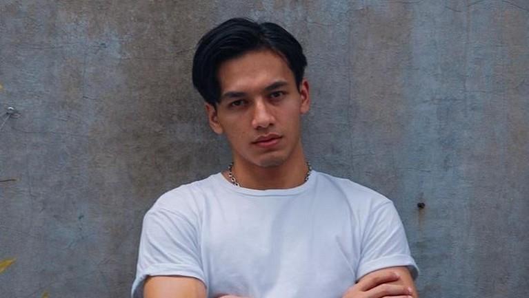 Aktor yang sukses di beberapa film layar lebar, membuat banyak orang tidak percaya jika dirinya tertangkap karena narkoba.