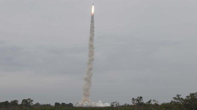 Korsel mengumumkan dapat mengembangkan roket luar angkasa berbahan bakar padat untuk satelit mata-mata.