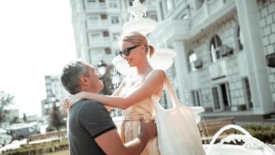 10 Ucapan Manis yang Simpel & Menyentuh Hati untuk Pasangan