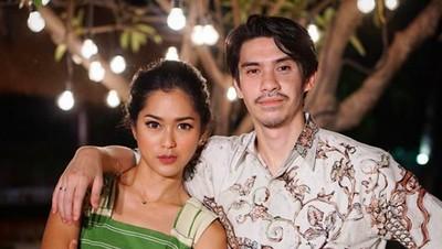Lama Tak Terlihat, Intip 8 Potret Kemesraan Prisia Nasution & Suami