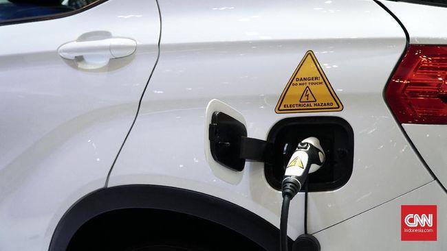 Dari banyaknya merek otomotif Eropa, cuma Toyota asal Jepang yang terlihat fokus menghadirkan mobil hybrid dan listrik di masa depan.