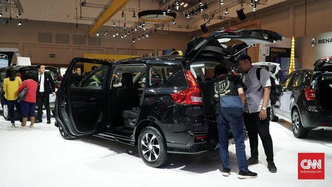 Menperin Agus Gumiwang Kartasasmita menyebut penjualan mobil dan motor mulai merangkak naik pada Agustus lalu meski penyebaran virus corona belum teratasi.