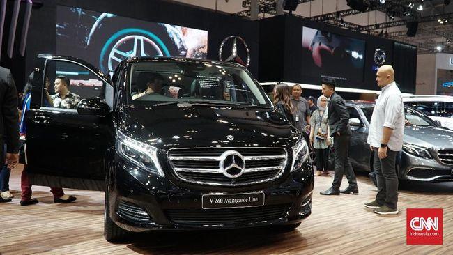 Menurut salah satu petani miliarder Tuban yang membeli empat mobil merek Jepang, pilihannya menyesuaikan kebutuhan bukan 'gaya hidup'.