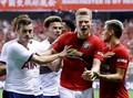 Pochettino Minta Maaf Usai Pemain Tottenham 'Hajar' MU