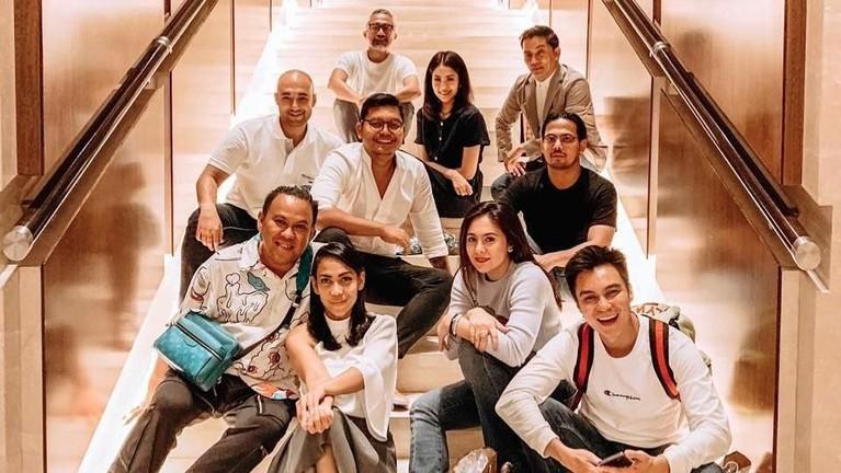 Berkat kesuksesannya, Rooby pun tergabung dalam geng artis bernama Humble Glam. Grup itu terdiri dari Chicco Jericho, Baim Wong, Lukman Sardi, dan Wulan Guritno.