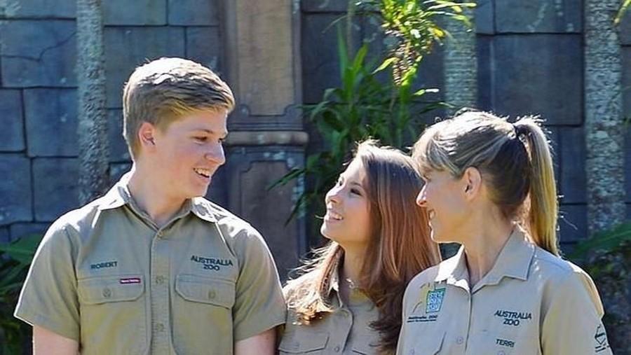 Hendak Menikah, Anak Mendiang Steve Irwin Tulis Pesan Haru