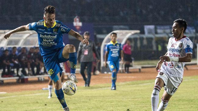 Berikut jadwal siaran langsung pertandingan antara Persib Bandung vs Persebaya Surabaya dalam laga lanjutan Liga 1 2019.