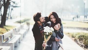 10 Ucapan Manis untuk Pasangan Saat Ultah ke-1 Pernikahan