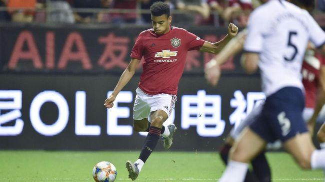 Pemain-pemain akademi Manchester United tampil memukau dalam pertandingan pramusim 2019/2020 dengan menyumbang gol dan memberikan assist.