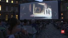VIDEO: Bioskop 'Terbuka' Terbesar di Paris