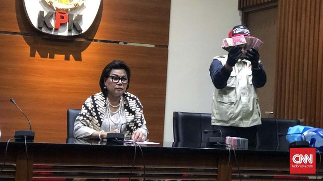 KPK akhirnya menetapkan Direktur Keuangan Angkasa Pura II Andra Y. Agussalam sebagai tersangka suap proyek BHS di PT Angkasa Pura Property.