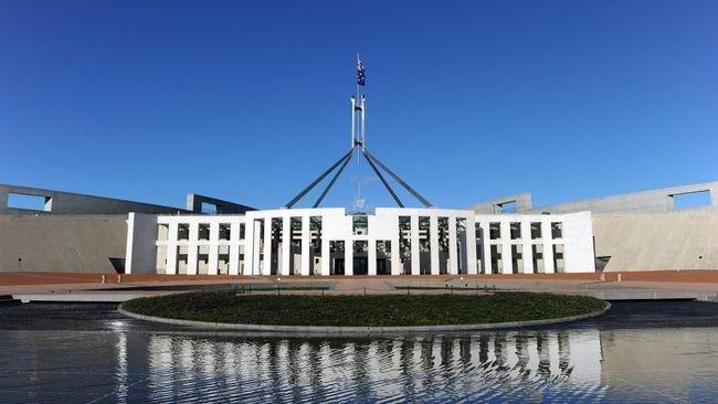 Staf pemerintah Australia terekam kamera melakukan tindakan seks di atas meja anggota parlemen wanita.