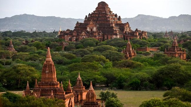 This photo shows a general view of Dhammayangyi ancient pagoda in Bagan on July 6, 2019. - The UNESCO World Heritage Committee on July 6 approved the registration of the ancient city of Bagan as a World Heritage site. (Photo by YE AUNG THU / AFP)