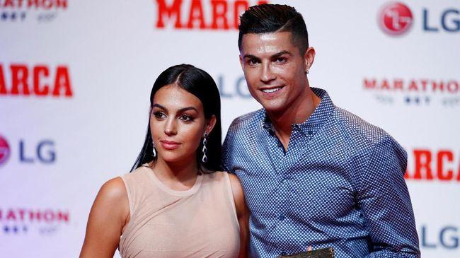 Bintang Juventus Cristiano Ronaldo mengakui punya rencana untuk menikah dengan sang kekasih, Georgina Rodriguez.