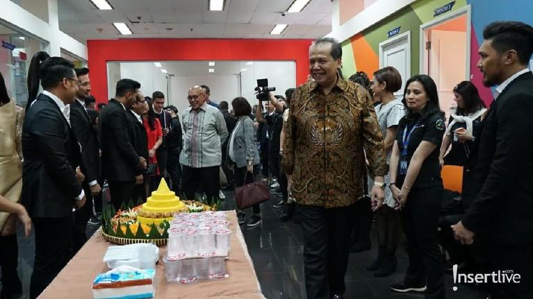Chairul Tanjung tampak menghadiri perayaan HUT Insert yang ke-16 tahun.