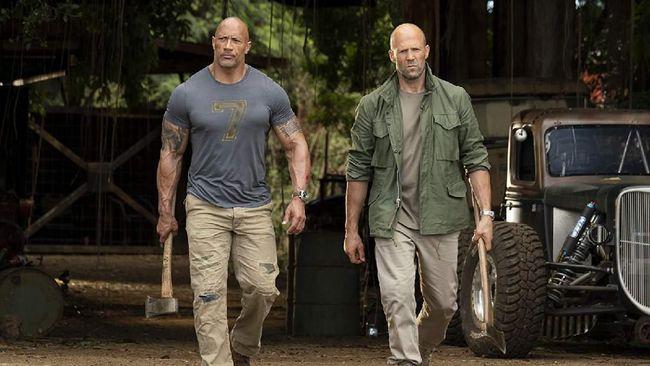 Film lepasan saga 'Fast & Furious', 'Hobbs & Shaw' bakal rilis serentak di seluruh dunia pada 2 Agustus 2019 mendatang. Berikut sinopsisnya.