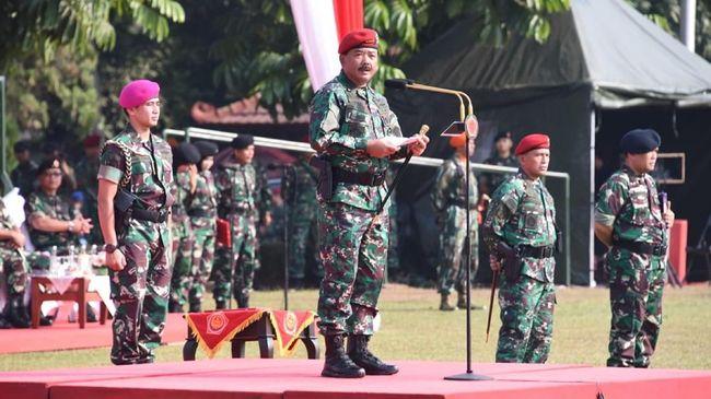 Kepala Pusat Penerangan TNI Mayor Jenderal Sisriadi menyatakan rotasi dan mutasi ini untuk meningkatkan pendekatan kultural dalam penyelesaian masalah Papua.