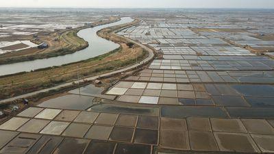 Duh! Nestapa Warga 'Desa Miliarder' Indramayu: Tanah Dibeli Murah