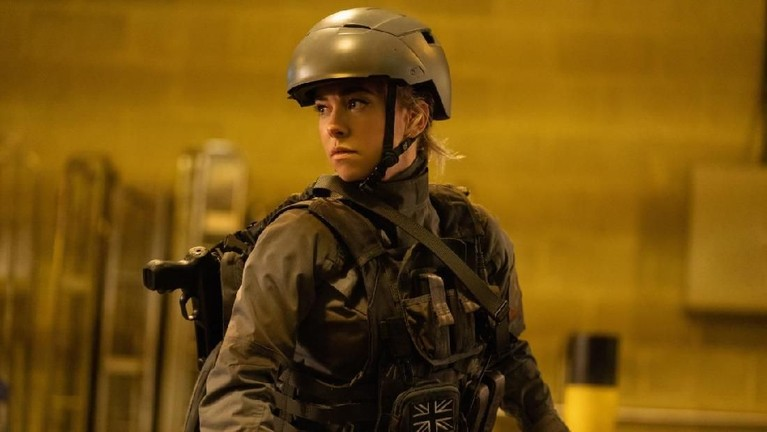 Kala Hattie Shaw (Vanessa Kirby) harus menyamar demi menyelamatkan Hobbsdan Shaw
