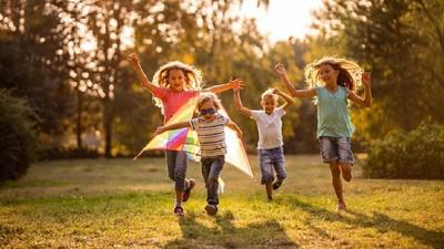 Nutrisi Tepat untuk Anak yang Suka Beraktivitas di Luar Ruangan