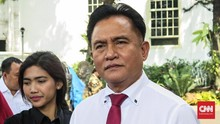 Yusril Minta Jokowi Buat Perpres Baru untuk Anulir Izin Miras