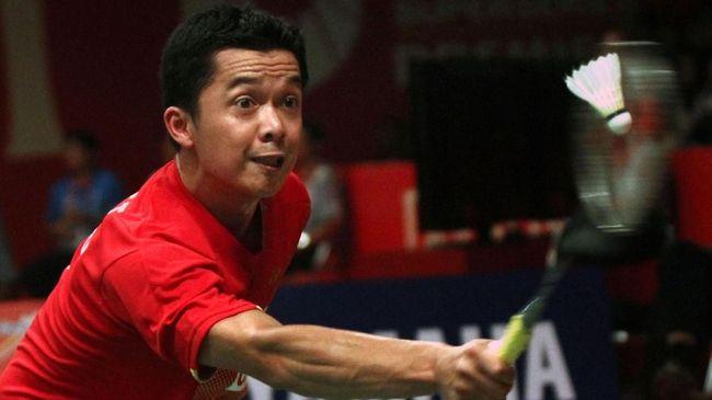 Legenda tunggal putra Indonesia, Taufik Hidayat, dikenal dengan sejumlah kontroversi selain prestasi luar biasa saat menjadi atlet badminton.