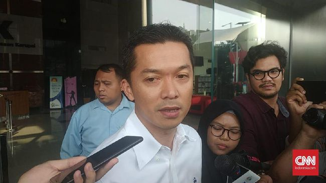 Jubir KPK mengatakan Taufik Hidayat diperiksa KPK terkait tugas pokok dan fungsi jabatan Stafsus Menpora dan Wakil Ketua Satlak Prima yang pernah diembannya.