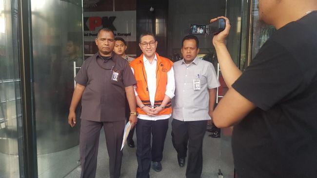 Anggota DPR dari Fraksi Partai Amanat Nasional (PAN) Sukiman ditahan KPK usai diperiksa sebagai tersangka kasus pengurusan dana perimbangan, pada Kamis (1/8).