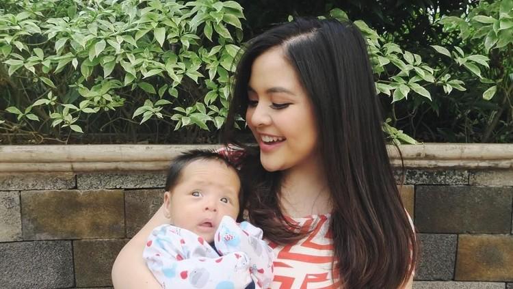 Tasya Kamila punya cerita unik dan berkesan saat melahirkan putra pertamanya, Arrasya.