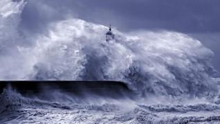 BMKG: Tsunami 20 Meter di Selatan Jawa Tak Dalam Waktu Dekat