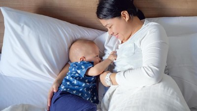 Mengatasi Gangguan Sariawan Payudara pada Ibu Menyusui