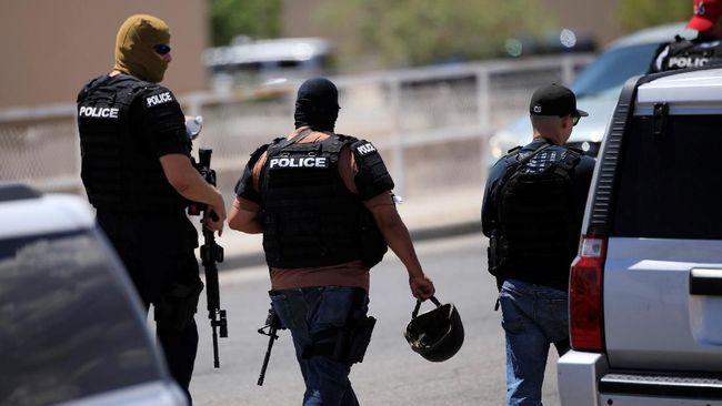 Aparat Amerika Serikat menyelidiki penembakan di El Paso, Texas, yang menewaskan 29 orang pada akhir pekan lalu sebagai terorisme domestik.