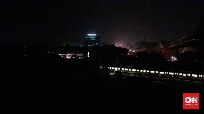Pemerintah China dikabarkan telah meminta warga dan bisnis mengurangi penggunaan listrik.
