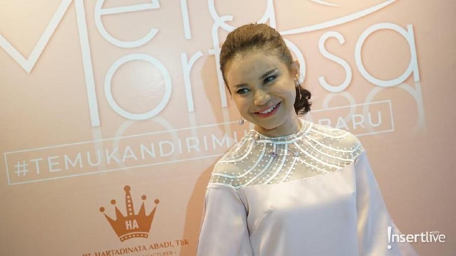 Nyanyikan Lagu Soundtrack Film Susi Susanti Bikin Rossa Merinding
