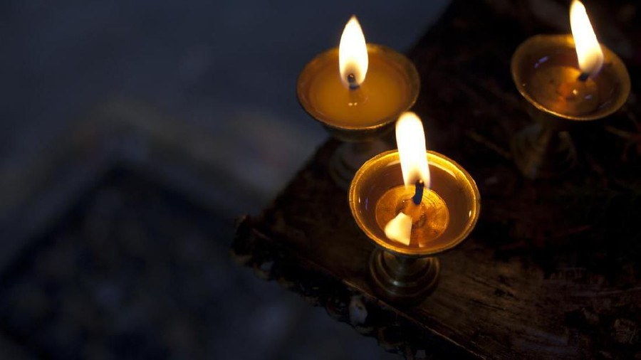 Perlu Bunda Tahu, Cara Membuat Lilin Darurat dari Minyak Sayur