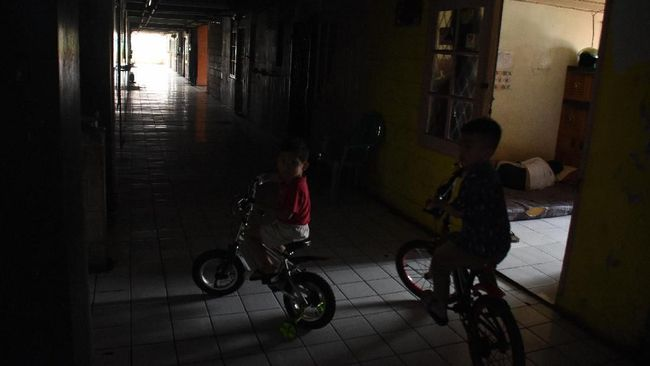 PT PLN (Persero) menyatakan 3.806 dari total 5.734 gardu distribusi listrik terdampak banjir di Jabodetabek dan Banten telah dinyalakan.
