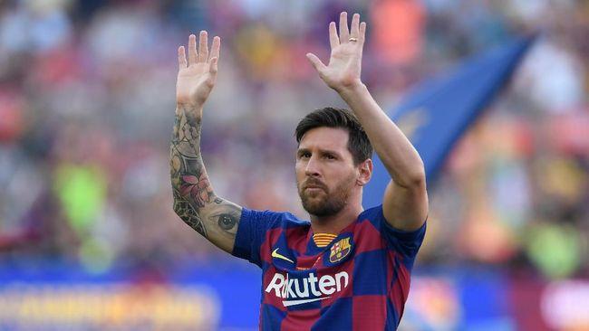 Bintang asal Brasil Neymar ingin meninggalkan Paris Saint-Germain dan pindah ke klub Liga Inggris demi bisa menyamai gaji Lionel Messi.