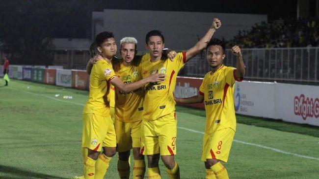 Juara Liga 1 2017 Bhayangkara FC pindah ke Solo dan resmi berganti nama menjadi Bhayangkara Solo FC.
