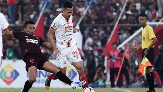 Pelatih dan pemain Persija Jakarta menyesali kartu merah yang didapat Sandi Sute dalam final leg kedua Piala Indonesia menghadapi PSM Makassar.