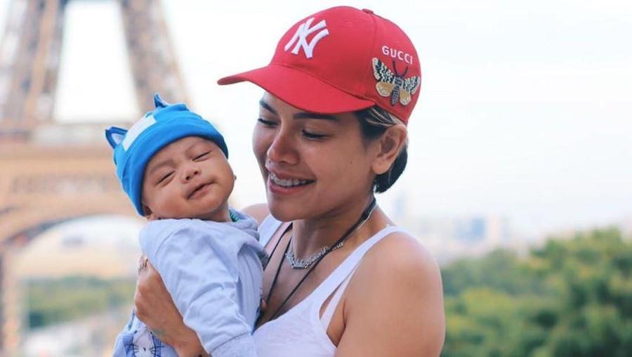 Ungkapan Kebahagiaan Nikita Mirzani Menjadi Ibu Tiga Anak