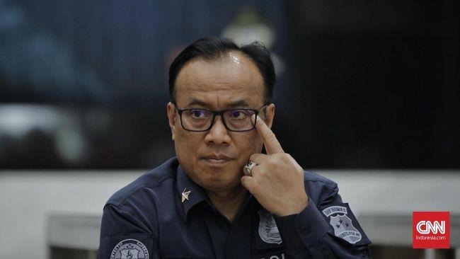 Mabes Polri menyatakan setidaknya ada 649 orang diamankan jajaran Polda Metro Jaya terkait kerusuhan di sekitar wilayah DPR pada Senin (30/9) malam kemarin.