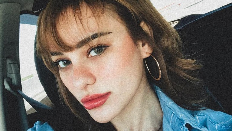 Nora sering membagikan potret seksi dirinya di Instagram. Jadi tak heran banyak kaum adam yang betah berlama-lama di akun Instagramnya.